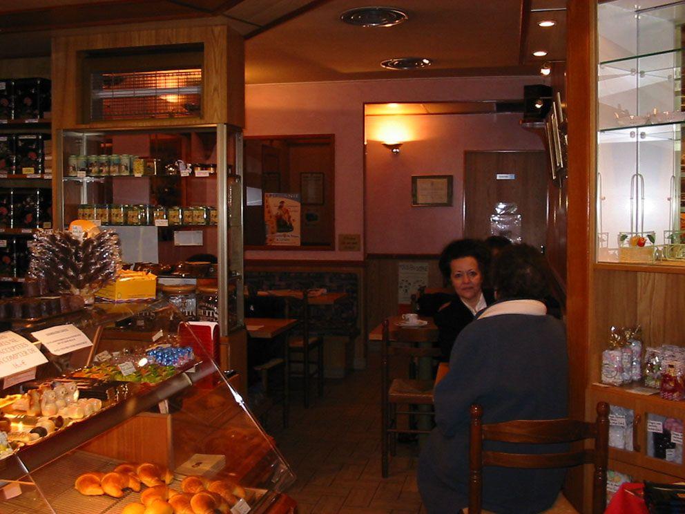 Salon de the 39 au fin gourmet 39 baccarat for Salon baccarat