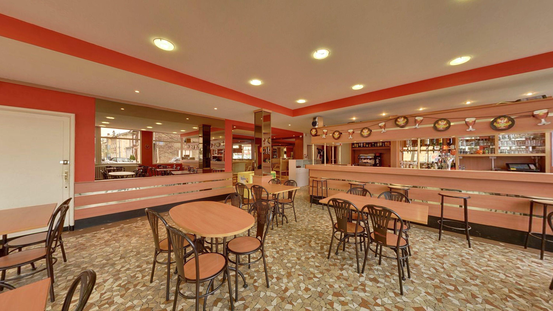 restaurant le lutetia longuyon restaurant d 39 h tel. Black Bedroom Furniture Sets. Home Design Ideas