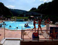 Aquaclub massif des vosges piscine vosges s jour d tente for Piscine wesserling