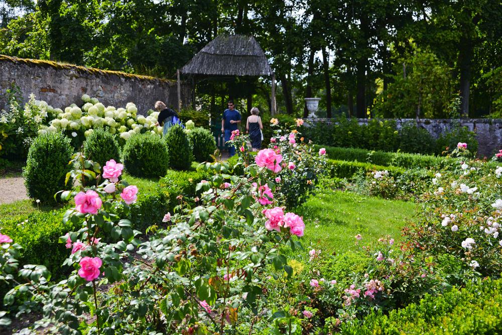 Boucle de la moselle parc du chateau de fleville - Les jardins du val de moselle ...