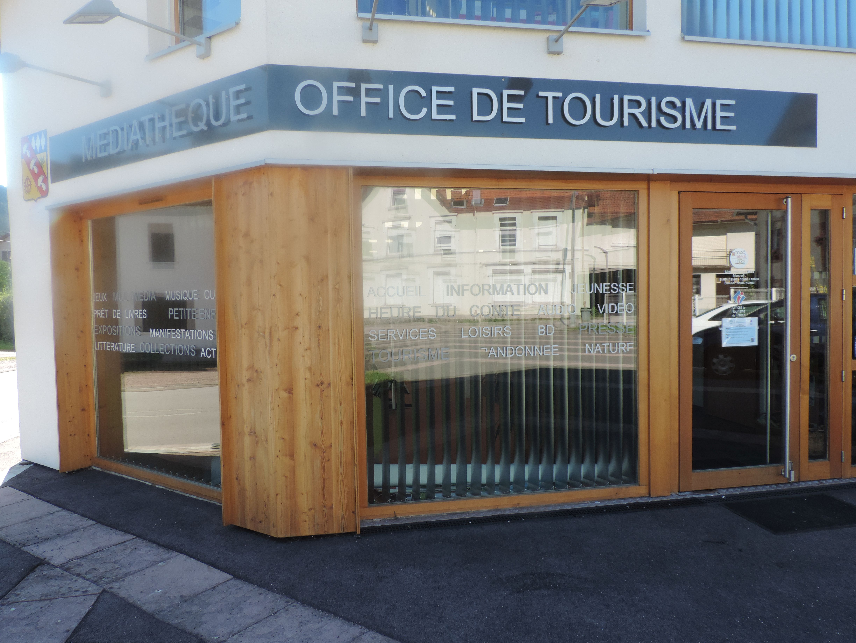 BUREAU D'INFORMATION TOURISTIQUE DE SAULXURES SUR MOSELOTTE - Crédit photo : OTIHV