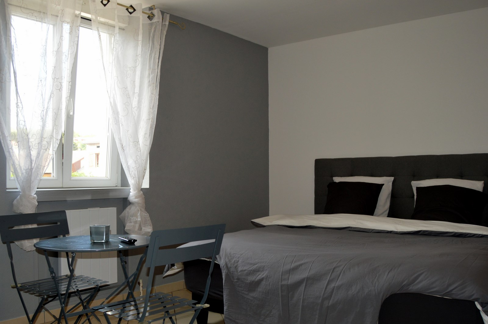 bed and breakfast les pich es in sommedieue near verdun meuse. Black Bedroom Furniture Sets. Home Design Ideas