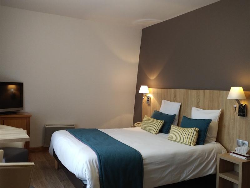 HOTEL-RESTAURANT-NOTRE-DAME-DE-BONNE-FONTAINE_3