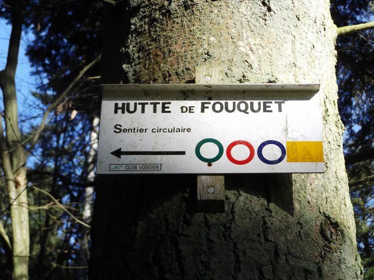 AIRE-DE-PIQUE-NIQUE-DE-LA-HUTTE-DE-FOUQUET_1