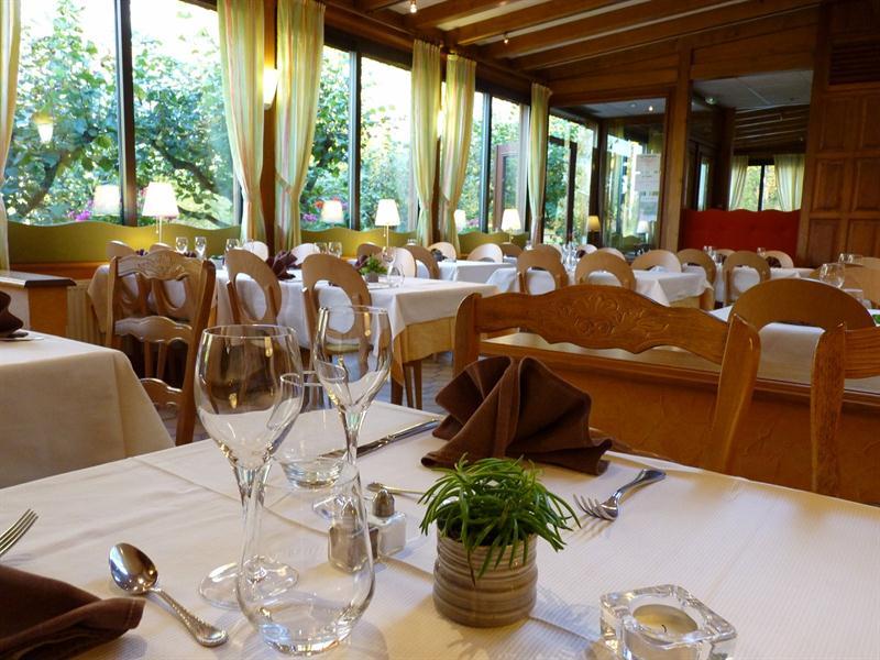 HOTEL-RESTAURANT-NOTRE-DAME-DE-BONNE-FONTAINE_8
