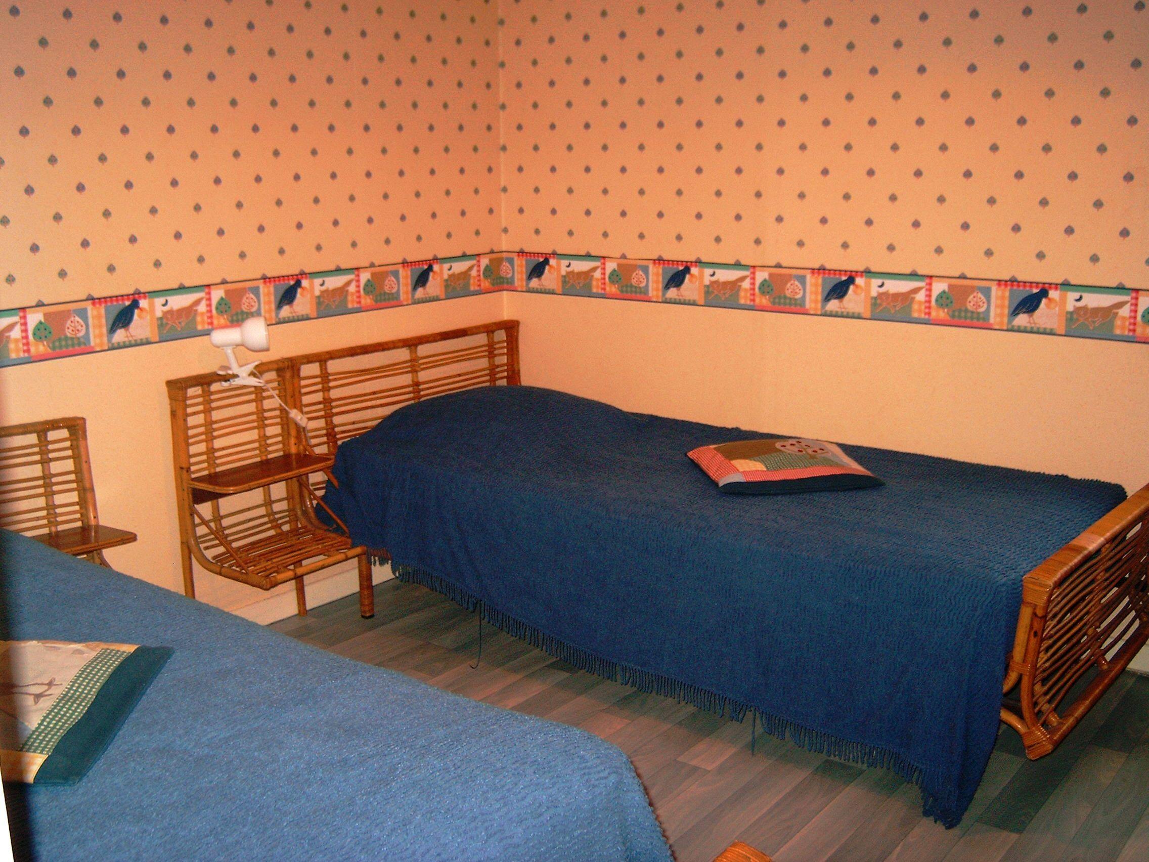 meubl du pre des gouttes 4 personnes saint nabord saint nabord 88200 meubl s de. Black Bedroom Furniture Sets. Home Design Ideas